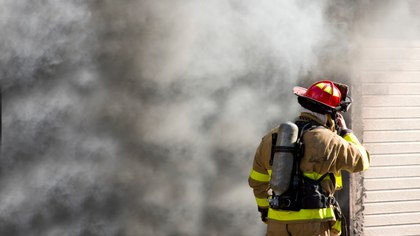 5 reasons firefighters need lightweight PPE