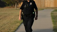 5 things police officers should know about their body language