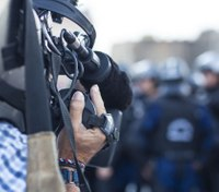 React without reaction: What cops should do when being recorded