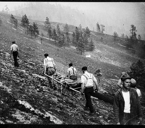 Mann Gulch Fire, 1949. US Forest Service retrieval of victim's bodies on the north slope of Mann Gulch on Aug. 6, 1949. (Photo/USFS)