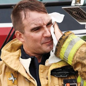 Medline's new Critical Response Cleansing Cloths are made specifically for first responders. (Image/Medline)