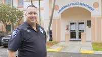 How these cops are helping veterans get benefits, housing and off the streets