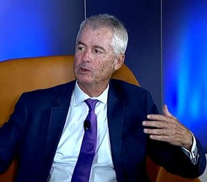 Philip Mudd currently serves as a CNN commentator based on his experience as a CIA and FBI analyst with the White House.