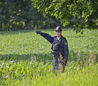 Searchers edge north on Day 21 of hunt for NY prison escapees
