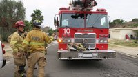 San Diego firefighter burned, 5 residents injured in house fire