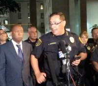 Houston officer shot, 1 of 4 suspects dead after crime spree