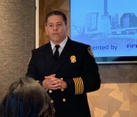 Houston firefighters declare 'no confidence' in fire chief