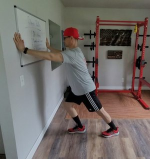 The heel and calfstretch targets the muscles in your lower leg, specifically your calf muscles.