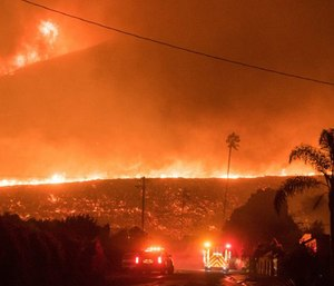 When a large-scale incident like the Thomas Fire or Marjory Stoneman Douglas shooting occurs, public safety agencies must coordinate with one another to take decisive action.