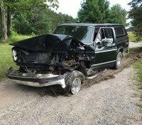Mich. ambulance crew reports drunken-driving crash
