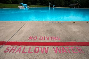 Many pools are closed this summer in response to COVID-19, leaving communities to find alternate methods of beating the heat. Image: Rick Kintzel/The Morning Call via TNS