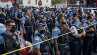 Chicago mayor says all cops need BWCs after OIS allegedly prompted looting