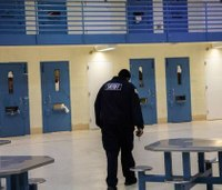 CDC review finds Chicago jail has stemmed rising tide of COVID-19 cases