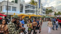 Video: Fla. officers disperse 'unruly' spring break crowd