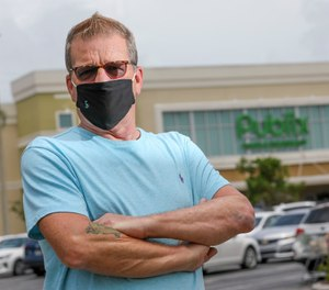 Bill Dunn was banned from a store after asking management why they were not enforcing mask use. (Photo/ChrisUrso/Tampa Bay Times)