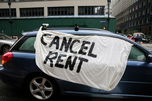 As families struggle to make rent payments while the pandemic continues, protesters across the country have called for rents to be cancelled all together. Image: Wes Parnell/New York Daily News