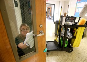 While states are taking similar approaches to returning students to the classroom, some are more cautious than others. Summer school will be resuming in New Jersey on July 6, with in-person instruction allowed. Lisa Feldman, a custodian at Mainland regional High School, wipes down a door using hospital-grade disinfectant. Image: NJ.com/Tim Hawk via TNS