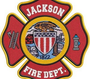The Jackson Fire Department in Tennessee reported that one of its firefighters was injured when a crowd attacked first responders with a