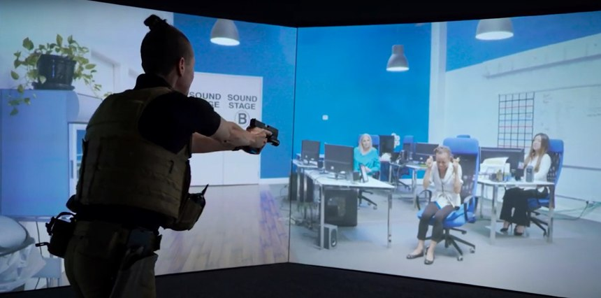 Simulation training from VirTra can help officers learn how to effectively communicate with someone experiencing a mental health crisis to delay or avoid use of force.