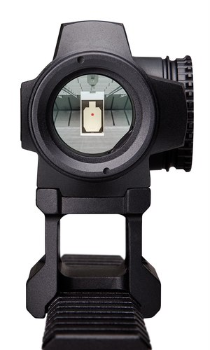 The SPARC SOLAR reticle features a 2 MOA red dot for rapid acquisition at shorter ranges.
