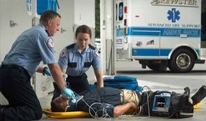 Real-time clinical feedback on the scene has been shown to improve patient outcomes. The new X Series Advanced monitor/defibrillator from ZOLL provides real-time clinical feedback for CPR and ventilation to help address cardiac arrest, traumatic brain injury and more.