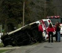 Ohio ambulance rollover injures 2