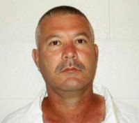 Missing Ark. inmate found hiding on prison's roof