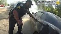 Video: Ga. officers rescue man having seizure in burning car