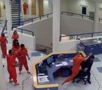 Video: Ore. inmate attacks deputy