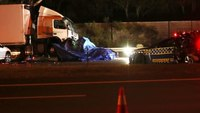 4 Australian officers killed in collision