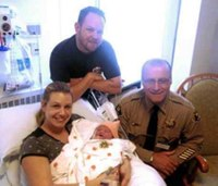 Paramedic/FF helps deliver his son in sheriff's parking lot
