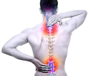 """EMS providers often find themselves in complex lifting situations that prompt them to """"muscle through"""" challenging lifts, placing themselves at risk for serious injury. (image/iStock)"""