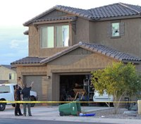 Ariz. Border Patrol agent opens fire on cops in standoff