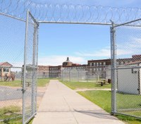 Doctors: Minn. prison a 'tinderbox' that could overwhelm hospitals, entire state