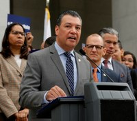 Proposed ballot measure would let Calif. parolees vote