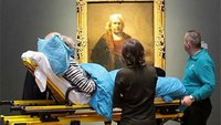 Listen: How an elderly patient transport inspired a Dutch ambulance charity