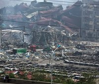 China blast zone evacuated over chemical contamination fears