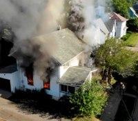 2 FFs injured in Ohio house fire