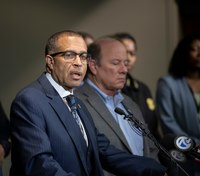 Detroit chief opens internal investigation after officer's death