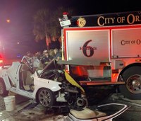3 Fla. firefighters hurt after vehicle slams into fire truck
