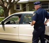 Integrating de-escalation techniques into policing