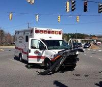3 EMS providers hurt in ambulance crash