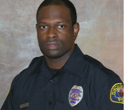 Ala. officer shot to death; suspect in custody