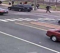 Video: 'Superhero' Conn. school resource officer stops driverless SUV