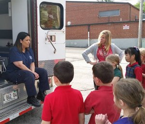 Monroe County EMS educating children on what to expect if they or someone they know is transported by an ambulance. (Photo/Monroe County EMS)