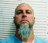 Affidavit: Escaped inmate assaulted, strangled prison worker
