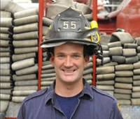 Firefighter who rescued hundreds of 9/11 victims dies of cancer