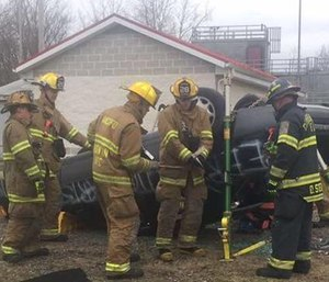 EMT students and a rescue class use a problem-based learning approach to extricate a patient. (Courtesy photo)