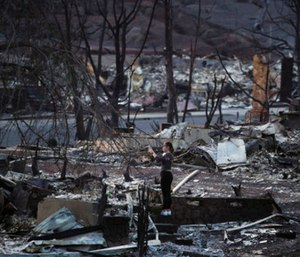 Hundreds of people remain unaccounted for, though officials think they'll locate most of them alive. (Photo/AP)