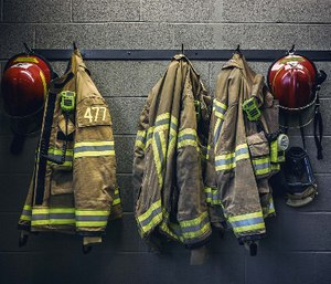 Check your PPE and SCBA every shift every time. (Photo/FEMA.gov)